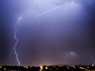 梦中看到电闪雷鸣,是什么预兆? 自然,电闪雷鸣