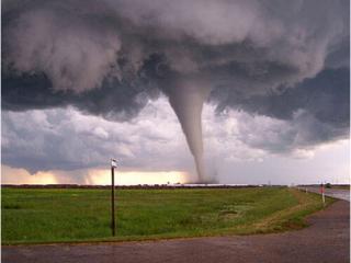 梦见龙卷风是什么意思?梦见龙卷风代表什么意思? 自然,灾害,龙卷风
