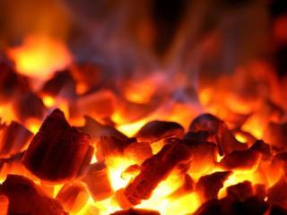 梦到如何也不能熄灭炉火预兆什么,梦见铁匠到底好不好? 自然,炉火,铁匠