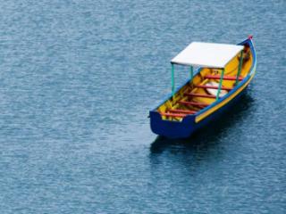 梦见划小船预兆什么?梦见划小船是好事吗? 活动,梦见划小船,梦到划船比赛