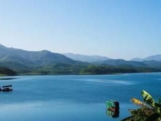 梦见一池水预示着生活中会有好事发生吗? 梦境解析,梦见一池水,梦见水中有鱼