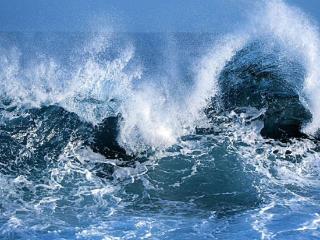 梦见海水涌上来是什么意思?做梦梦见海水涌上来好不好? 自然,梦见海水涌上来,投资人梦到海面上巨浪