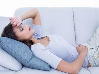 梦里的东西慢慢进入胃部预兆什么,梦到胃痛并呕吐好不好? 身体,胃痛,梦到胃痛并呕吐