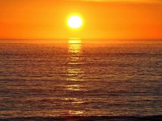 梦见海洋是什么意思?梦见海洋是什么预兆? 梦的百科,梦到大海,同学梦到大海