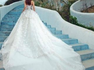 女人梦见自己和朋友一起去拍婚纱照,表示什么意思?是吉兆吗? 情爱,梦见婚纱照