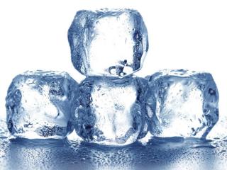 梦境里有很多冰块温度很低,这个梦是否代表吉利 自然,梦到冰,老婆梦到冰