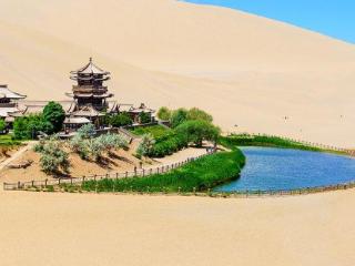 梦到一片沙漠绿洲,这个梦是代表自己要走好运了吗 自然,梦到绿洲,女性梦到沙漠绿洲