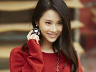 张艺谋把她捧红,何炅夸她演技好,才27岁却沦为三线演员 张慧雯