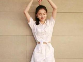 她21岁被张艺谋选中成名,陈道明巩俐对她称赞有加 张慧雯