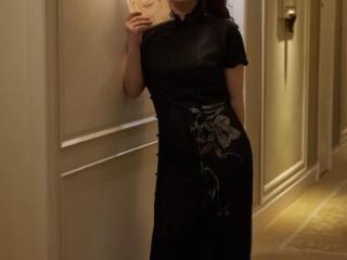 杨天真分享穿旗袍美照,手臂和腿部肥胖,暴瘦50斤有魅力 杨天真