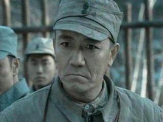 《亮剑》走红的两位男演员,一位是李云龙的手下,一位是孙德胜 亮剑