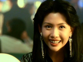在香港街头遇到热情的明星,周润发比粉丝还要热情 周润发