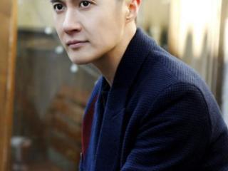 曾是《小神龙俱乐部》的主持人,与秋瓷炫传过绯闻,如今结婚生子 主持