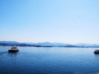 梦到咸水湖表明什么?梦到湖的相关梦好吗? 自然,梦到湖的相关梦,梦到湖的相关梦解析