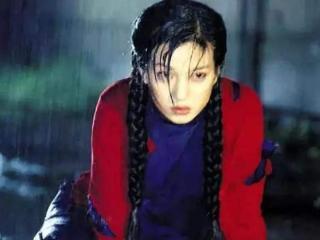 现在很多女明星都有沙雕的表情包,像赵薇林允一样 因演精神病