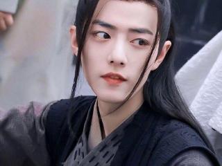 扎着马尾英姿飒爽的男艺人,刘昊然少年感十足,杨洋仙气飘飘 刘昊然