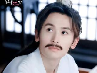 刘宇宁是歌手也是摩登兄弟的主唱,《山河令》主题曲就是他演唱的 刘宇宁