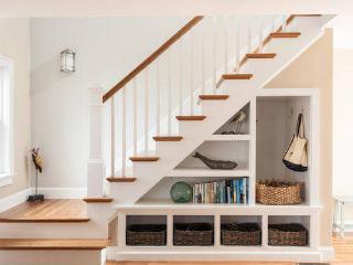 梦到自己走下楼梯踩空预示什么?梦到踩空相关梦的解析是怎样的? 生活,梦到踩空相关梦,梦到踩空相关梦分析