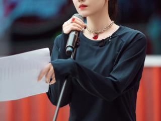 陈小纭回应《浪姐2》争议,做艺人装就太累了,姜思达赞其很真实 陈小纭
