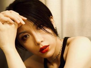 方华国际正式签约藏族新秀演员尼玛·央宗 方华