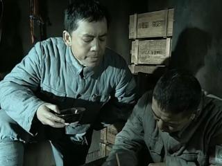 《亮剑》中赵刚和李云龙的喝酒之争 亮剑