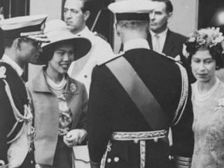 亚洲美后诗丽吉:年轻时不输英女王,中年出轨保镖,整容后脸发黑 亚洲美后诗