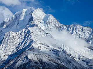 梦见山顶积雪是什么意思?单身汉梦到雪山是什么预兆? 自然,梦见山顶积雪,未婚的人梦见雪山