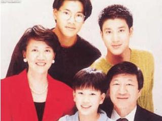 王力宏:父亲和他断绝关系,娶小10岁娇妻,5年育有三子 王力宏