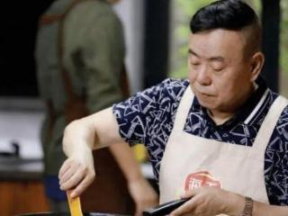 """潘长江面馆火了,食客试吃""""猪蹄面"""",结账时:确定没有算错? 潘长江"""