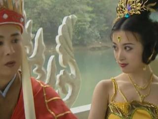 还记得孔雀公主吗?22年后与佟丽娅撞脸,颜值让人羡慕 金巧巧