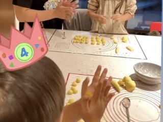 周杰伦儿子生日,昆凌分享老公孩子们一起做美食的照片 周杰伦