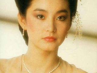 四大50后女神,优雅的林青霞,冻龄的赵雅芝,谁才是不老女神 刘晓庆