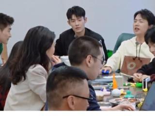 """《快本》搬到户外录制,黄景瑜张哲瀚""""公费恋爱""""? 黄景瑜"""