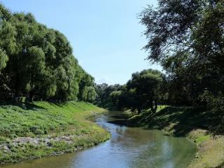 梦境里的小溪清澈见表明什么?梦到小溪的相关梦的解析是怎样的? 自然,梦到小溪的相关梦,梦到小溪相关梦的解析