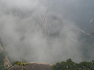 梦到别人在雾中表明什么?梦到雾气的相关梦预示什么? 自然,梦到雾气的相关梦,梦到雾气相关梦的分析