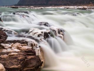 梦见水流很大是什么意思?梦见水流很大是什么预兆? 自然,梦见水流很大,怀孕的人梦到水流很大