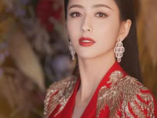 古力娜扎签约老东家唐人10年拍14部电视剧,资源剧只有4部 古力娜扎