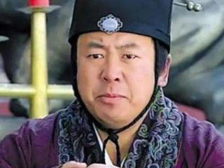 潜逃13年的知名演员,出演《潜伏》被认出,如今被减刑一年多 吉世光