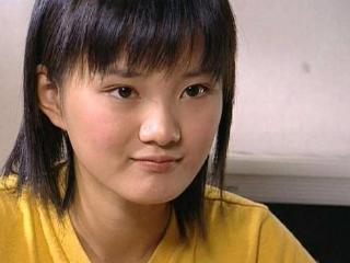 她出道就出演青春偶像剧,女二黄圣依更加漂亮美丽,为什么没公开 萧晴