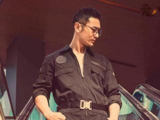 黄晓明夫妇出席活动,保镖刘忠巍一下子就成为了网友关注的焦点 黄晓明