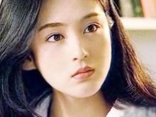 她也是第一代琼瑶女郎,如今51岁的她夫妻恩爱,两个儿子帅气 琼瑶