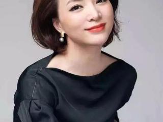 她被称为董卿的接班人,如今41岁依然青春靓丽 动态,董卿接班人是谁,主持人李红,李红个人资料