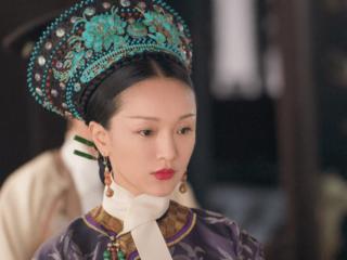 演了与年龄不符的角色,周迅、杨蓉、宣萱、林依晨,谁是最尴尬的 周迅