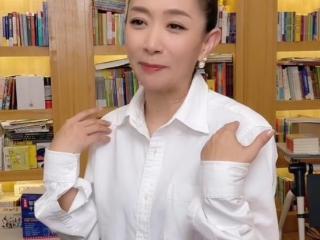 主持人王芳自曝曾被人看不起,引发网友热议 王芳