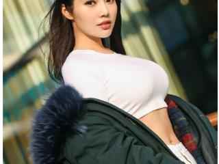 """徐冬冬活得""""清醒"""",揭开多少娱乐圈女明星的""""遮羞布""""?? 徐冬冬活"""