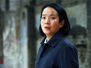 演员张丰毅的前妻吕丽萍,如今已经满头白发 吕丽萍