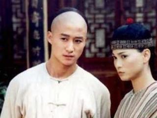 她当年差点嫁给吴京,今47岁沦落菜市场卖鱼!你认识吗? 吴京