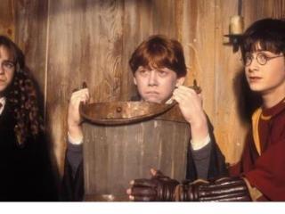 """有关《哈利·波特》电影道具的""""冷知识""""!蛋妞最让道具老师头疼 哈利波特"""