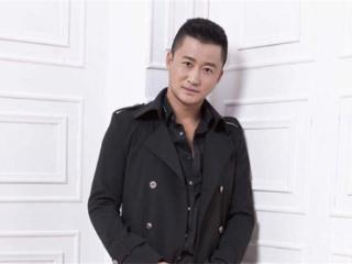 一代名导,他是优秀的功夫巨星,也是一个成绩优秀的导演,吴京 吴京''