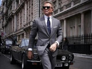 007回归版预告公开!特工邦德跳桥骑摩托腾空飞,花式动作太秀  无暇赴死